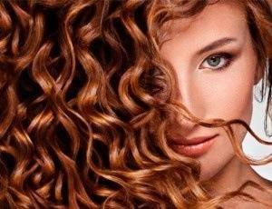 Cómo cuidar tu pelo rizado