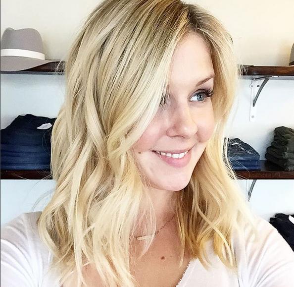 Peinados para el pelo fino_ ondas surferas