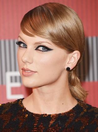La coleta de nudos de Taylor Swift
