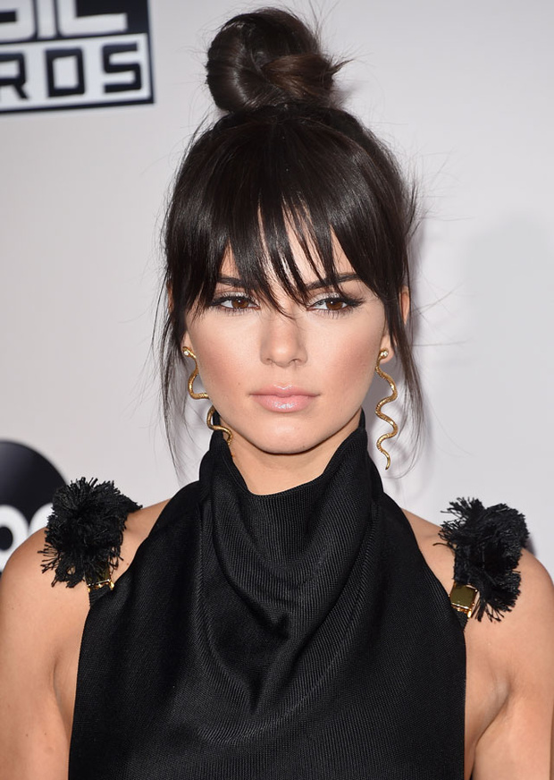 Flequillo falso Kardashian