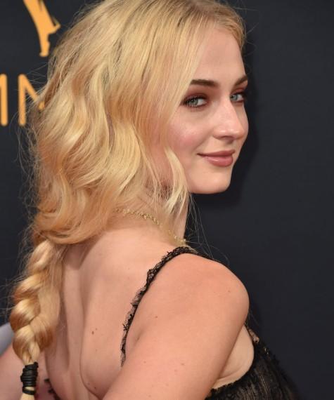 peinados de los premios emmy 2016