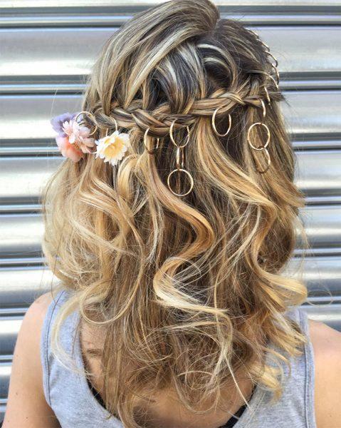 Piercings en el pelo